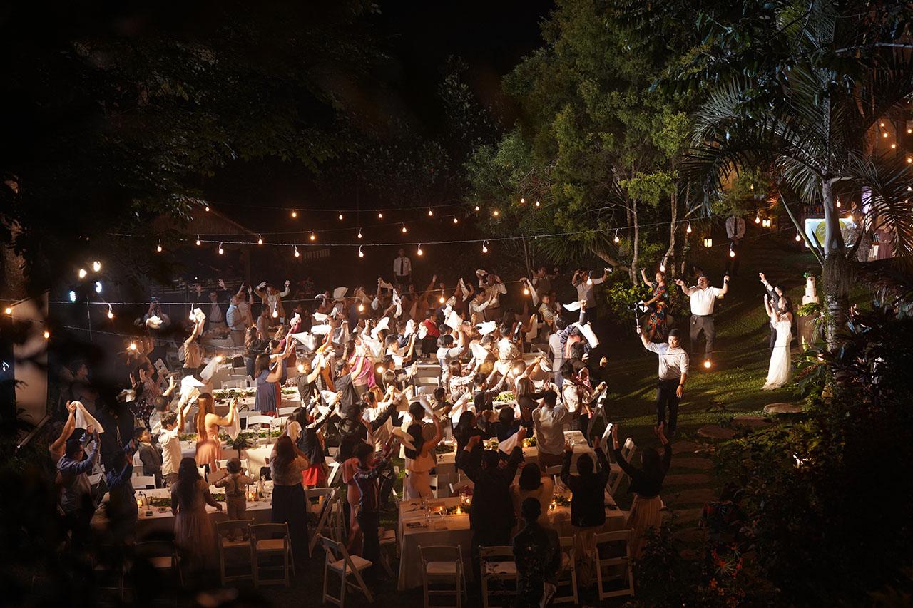 why-hire-a-good-wedding-host-05