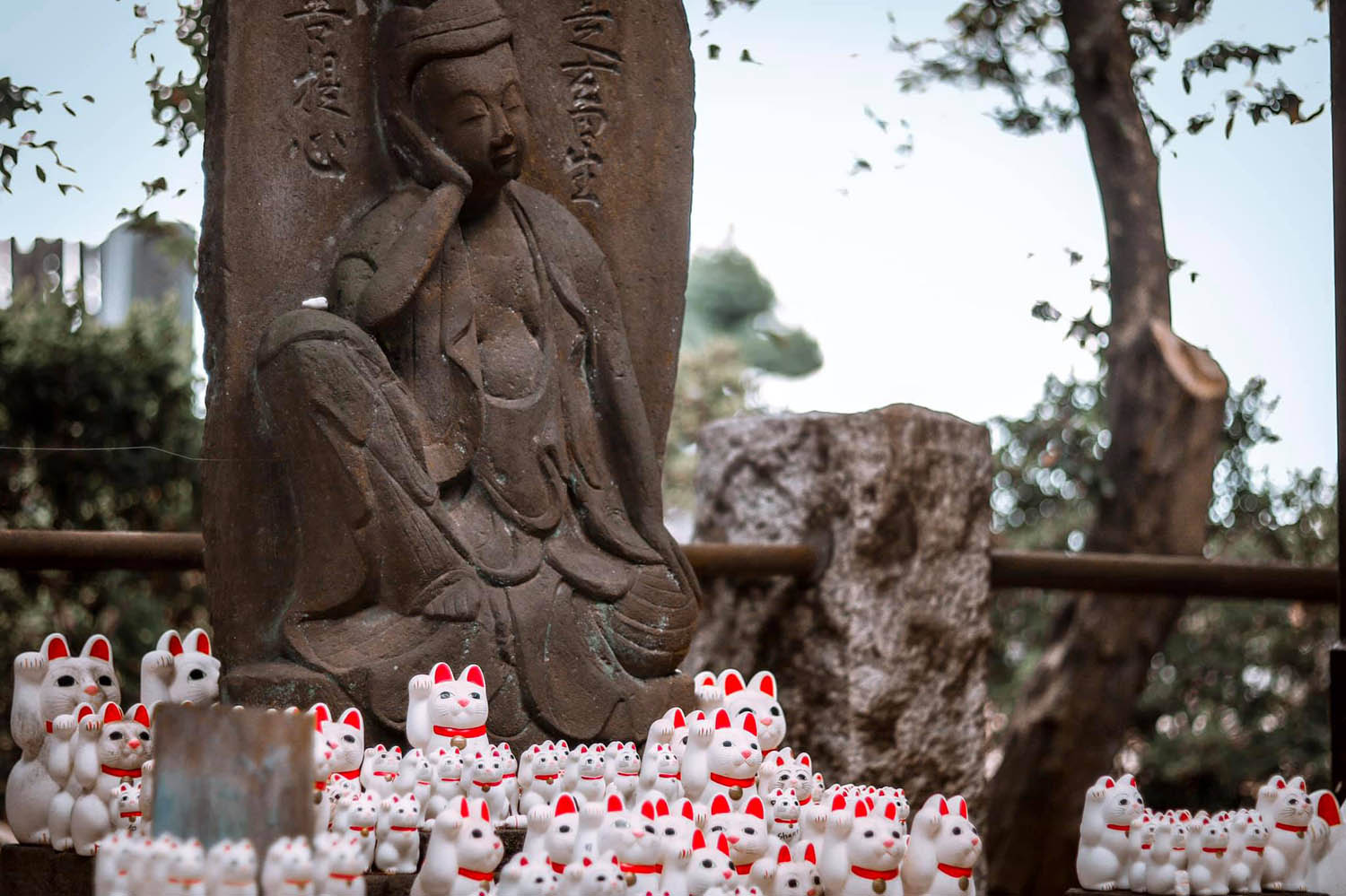 Gotokuji Temple Buddha and Maneki-neko cats
